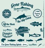 векторный набор: пошла рыбалка этикетки и награды — Cтоковый вектор