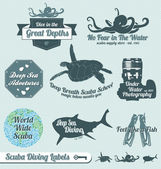 Vector Set: Retro Scuba Diving Labels and Stickers — Stock Vector