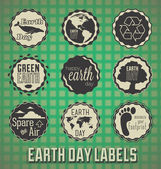 Vector Set: Vintage Happy Earth Day Labels and Icons — Stok Vektör