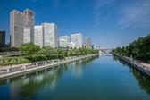 Soho van peking in de buurt van de rivier — Stockfoto