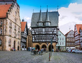 Town Hall and the Weinhaus, oldest timber-framed building in Alsfeld, Germany — Stock Photo