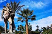 Historical sculpture in Marbella, Puerto Banus on Costa del Sol, Spain — Stockfoto