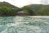 Отель на тропический остров, Сейшелы - отдых фон — Стоковое фото