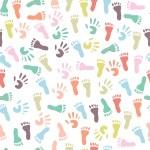 Baby handprint and footprint, seamless pattern — Stock Vector