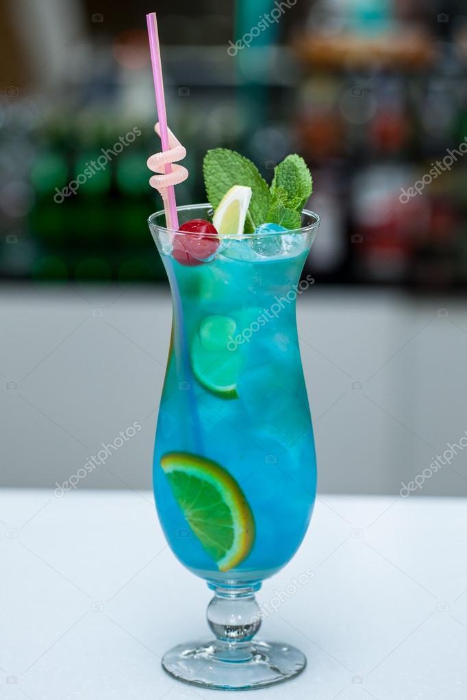 Bleu Lagon Lagon Bleu Cocktail Avec Une
