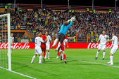 Albania defends against Romania — Foto de Stock