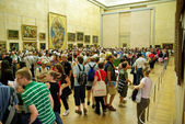 Tourists in Louvre Museum — Stock Photo