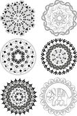 Set of ethnic patterns and mandalas — Stock Vector