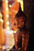 Piccola immagine di buddha a chiang mai — Foto Stock