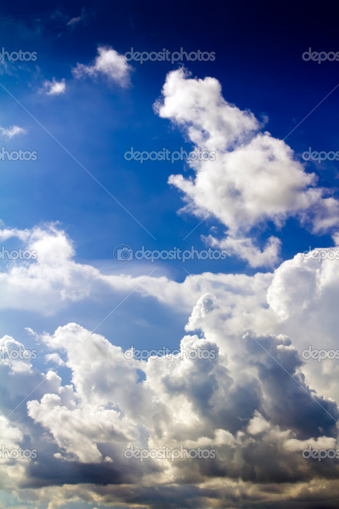 Blue sky background with tiny clouds — Stock Photo #12097148