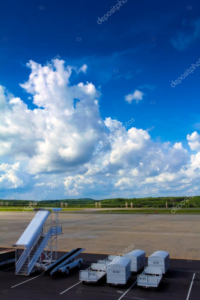Airfield departure in Krabi airport at Thailand. — Stock Photo #12097174