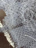 Rolou a malha de aço. — Foto Stock