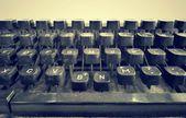 Antik skrivmaskin nycklar — Stockfoto