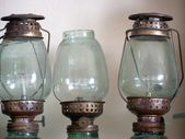 Vintage dirty oil lamp — Stockfoto