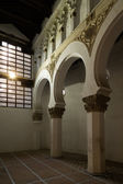 Sun shining inside a synagogue — 图库照片