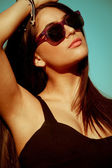 Beautiful woman with sunglasses — Stock Photo
