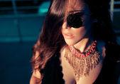 Fashionable woman in sunglasses — Stock Photo