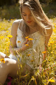 Woman in meadow — Stock Photo