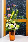 Beautiful flowers arrangement — Stock Photo