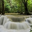 Huay Mae Khamin waterfall — Stock Photo