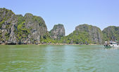 Seascape halong bay, wietnam — Zdjęcie stockowe