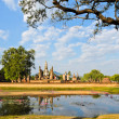 View of Wat Mahathat — Stock Photo #18752181