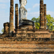 Buddhstatue in Wat Mahathat — Stock Photo #18752507