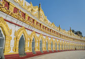 U min Thonze pagoda, Myanmar — Stock Photo