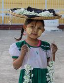 Burmese girl seller — Stock Photo