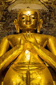 Burmese golden Buddha image — Stock Photo