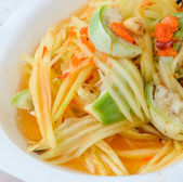 Thai green papaya salad — Stockfoto