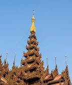 Burmese temple roof — Stockfoto