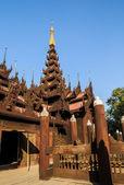 Shwe in bin antiken in mandalay, myanmar — Stockfoto