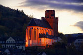 Oberwesel Martinskirche Nacht - Oberwesel Martin church by night 01 — Stock Photo