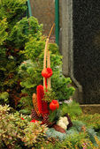 цветочная композиция кладбище — Стоковое фото