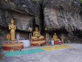 Tre diverse statue del buddha — Foto Stock