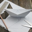 Making paper boats — Foto Stock
