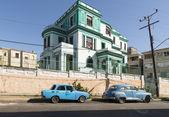 Blue car in Havana — Stock Photo