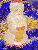 Новый год и Рождество Санта-Клаус на синем фоне мишуры — Стоковое фото