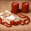 Valentines Day background with heart on old background with two candle - 图库照片