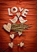Composición decorativa vintage con dos pájaros en el amor — Foto de Stock