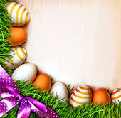 Easter eggs on the grass — Stock Photo