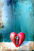 Key with the heart as a symbol of love — Stock Photo