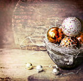 Golden Christmas balls — Stockfoto