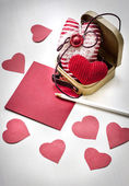 Valentine's hearts, paper and pencil — Stock fotografie