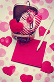 Valentine's hearts, paper and pencil — Foto de Stock
