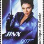 Постер, плакат: Halle Berry Stamp