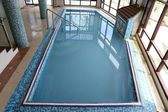 Swimming pool with blue water — Photo
