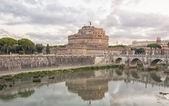 Castle and bridge of Sant — Stock Photo