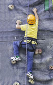Child climbing — Stock Photo
